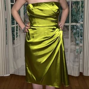Adrianna Papell boutique lime green dress